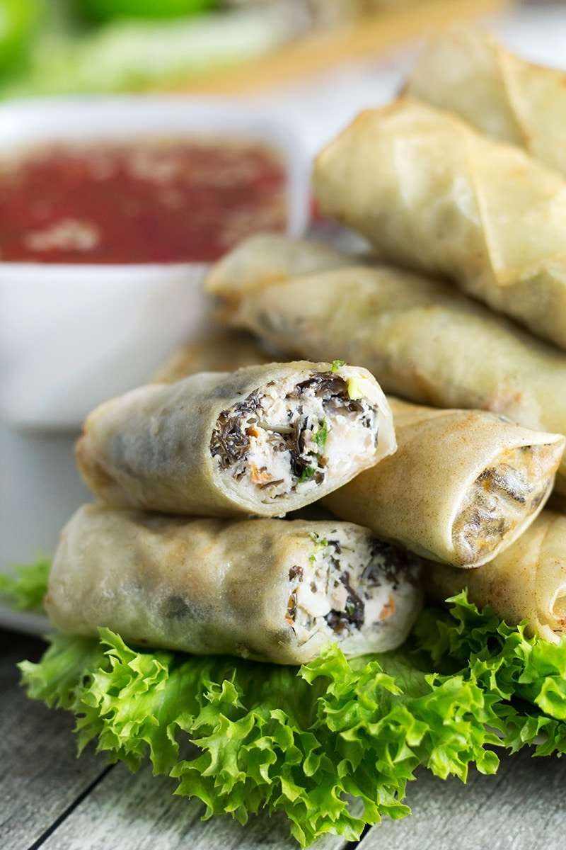 These Vietnamese egg rolls, called Cha Gio, together with the Nuoc Cham dipping sauce make a perfect party appetizer! | cookingtheglobe.com