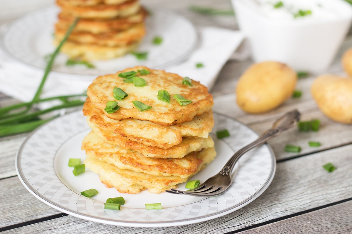 Potato pancakes - 7 simple tasty recipes in a pan 4