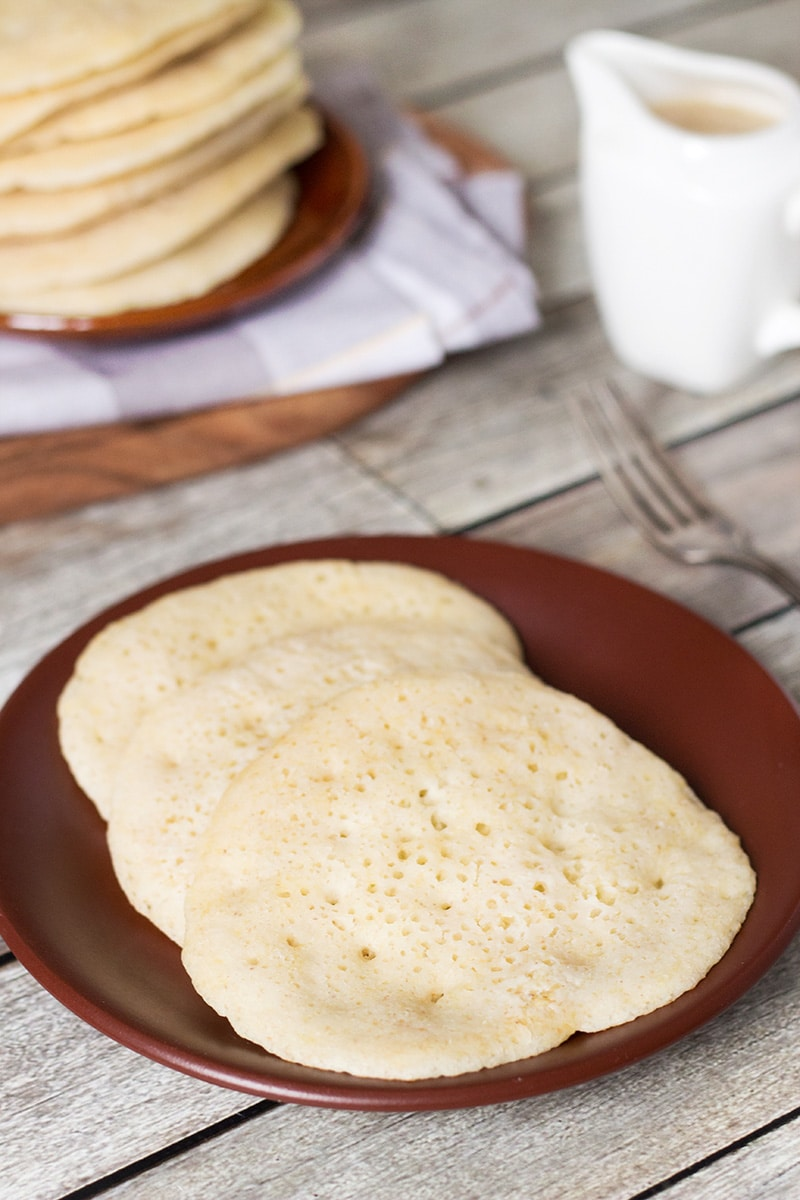 These Moroccan pancakes (Baghrir) are unique in terms of the taste and appearance! You just have to try them! | cookingtheglobe.com