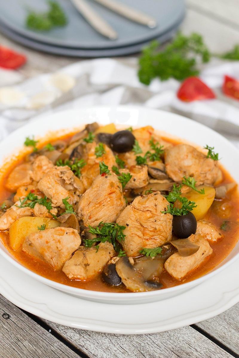 Puerto Rican Chicken Stew (Pollo Guisado)