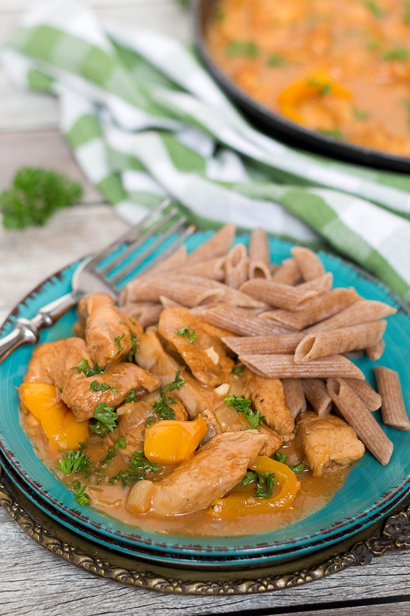 Hungarian Chicken Paprikash is basically a paprika flavored chicken. This dish is really easy to make and makes a fabulous weeknight dinner!   cookingtheglobe.com