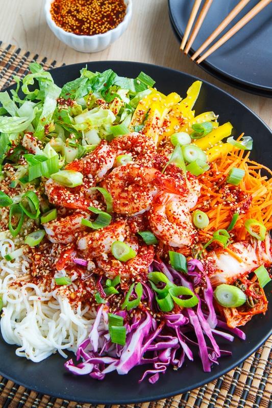 21 outstanding Shirataki Noodle Recipes to Enjoy This Zero-Calorie No-Carb Pasta from Japan! #glutenfree #paleo #keto #lowcarb   cookingtheglobe.com