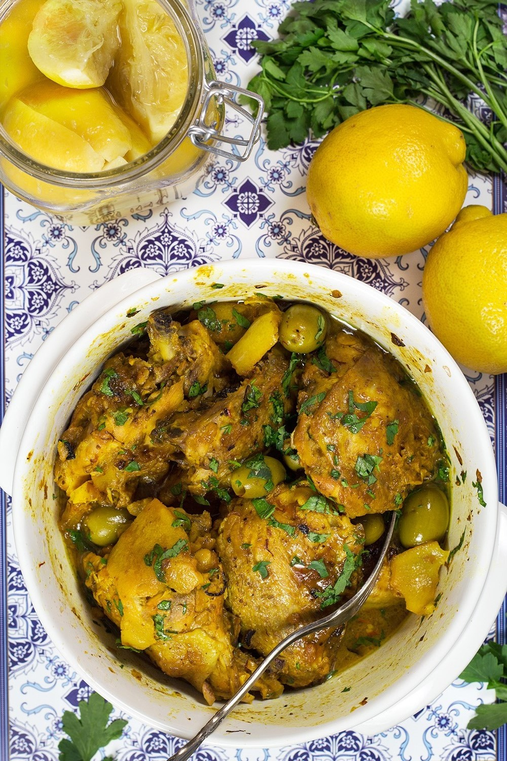 Moroccan chicken tagine recipe w preserved lemons olives moroccan chicken tagine forumfinder