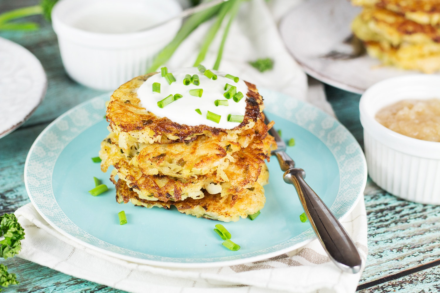 German Potato Pancakes are really easy to throw together and make a perfect meatless dinner. Serve them either with sweet or savory toppings and enjoy! #vegetarian | cookingtheglobe.com