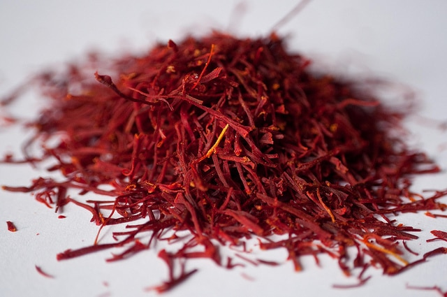 30 Fragrant Saffron Recipes to Spice Up Your Life! | cookingtheglobe.com